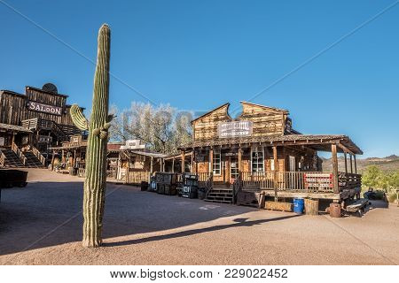 Goldfield, Arizona, Usa - May 17, 2016 : Old Saloon And Bakery In Goldfield Ghost Town. Goldfield, L