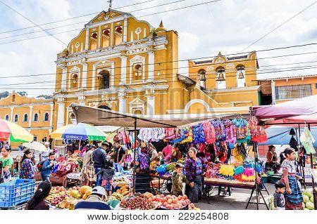 Santa Maria De Jesus, Guatemala - August 20, 2017: Colorful Sunday Market In Front Of Church In Smal