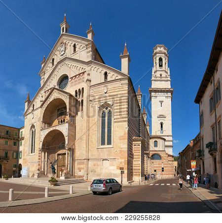 Verona, Italy - August 17, 2017: Cathedral Of Verona One Of The Main City Churches, Erected In Auste
