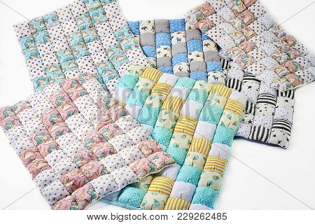 Bundle Of Colorful Patchworked Comforters With Unicorn And Stars Design On White Background - Six Pi