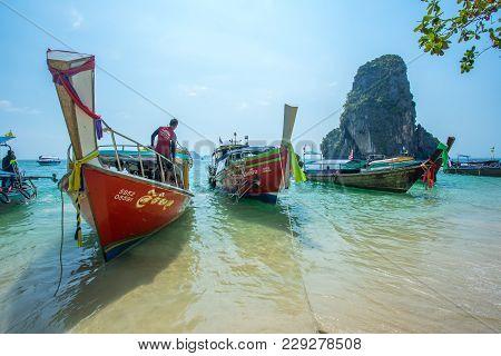 Krabi Thailand 3 Feb 2018: Longtail Boats Anchored At The Hong Island In Krabi Province Thailand. Ph