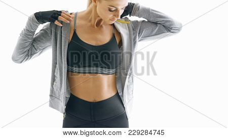 Cropped Shot Of Fit Young Female Fitness Model Taking A Break After Workout Fitness Woman In Sportsw