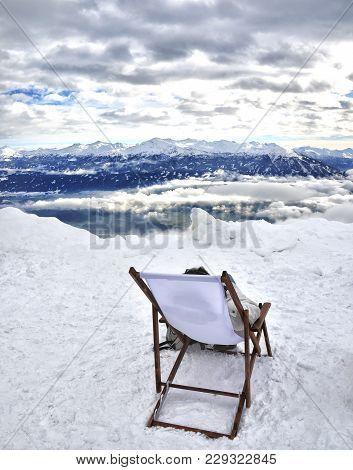 Deckchair On The Mountaintop In Winter Snow Panorama - Innsbruck - Nordkette Peak - Austria .