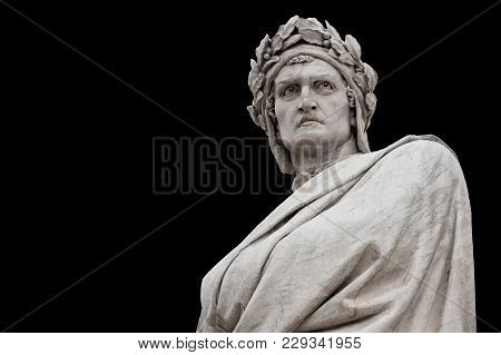 Dante Alighieri Statue, By Enrico Pazzi, 1865. It Is Located In Piazza Santa Croce, Next To Basilica