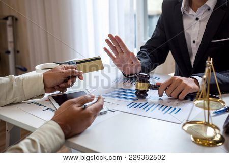 Attorneys At Credit Card Fraud Consulting In The Office