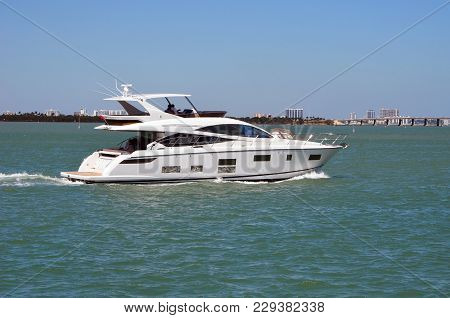 Motor Yacht Cruising On The Florida Intra-coastal Waterway Off Miami Beach.