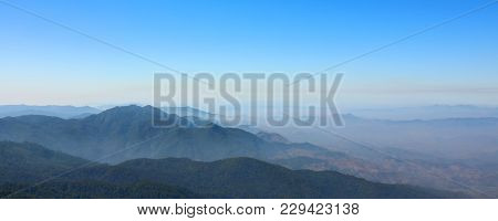 Panoramic Of Mountain Peak At Kew Mae Pan Nature Trail Viewpoint At Doi Inthanon , Chaingmai ,thaila