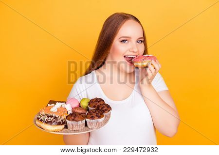 Yummy Fatty Greasy Sugary But Tasty Junk Food! Close Up Photo Of Excited Charming Young Woman In Whi