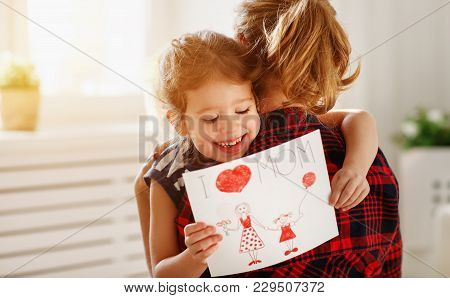 Happy Mother's Day! Daughter Gives Her Mother An Postcard .