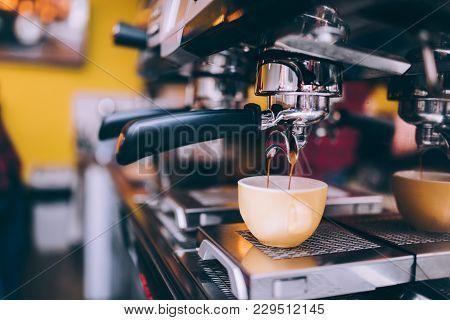 Details Of Barista Preparing Fresh Espresso On Industrial Brewing Machinery