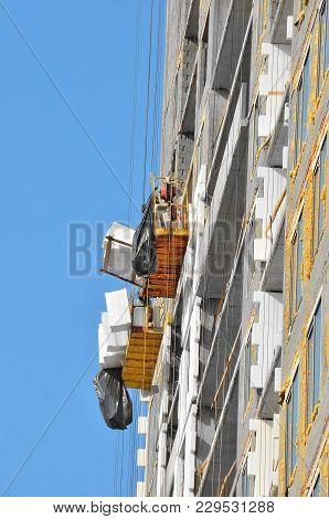 Suspended Platform Cradle Construction Gondola, Zlp On Wall