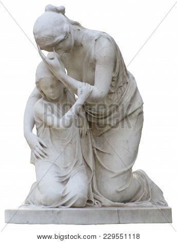 A Marble Statue Of A Mother And Child Mourning And Hugging On A White Background