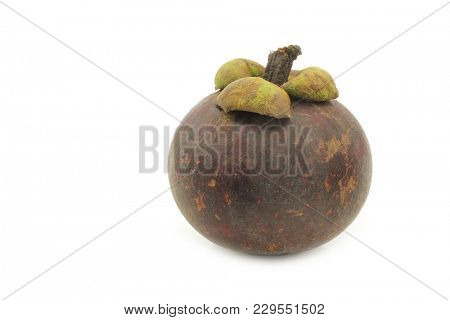 mangosteen fruit (Garcinia mangostana linn) on a white background