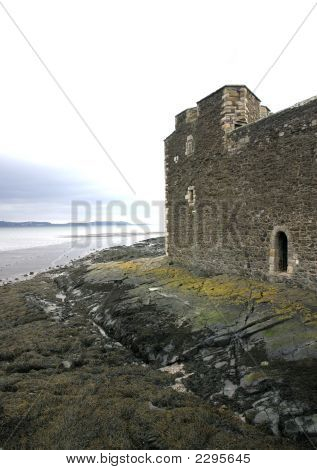 Blackness Castle Coastal Defence Wall And Firth Of Forth
