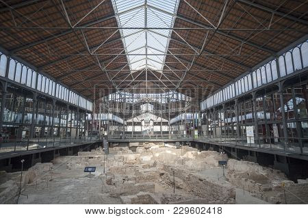 Barcelona,spain-november 5,2013: Interior, Iron Ceiling And Archaeological Site Of El Born Cultural