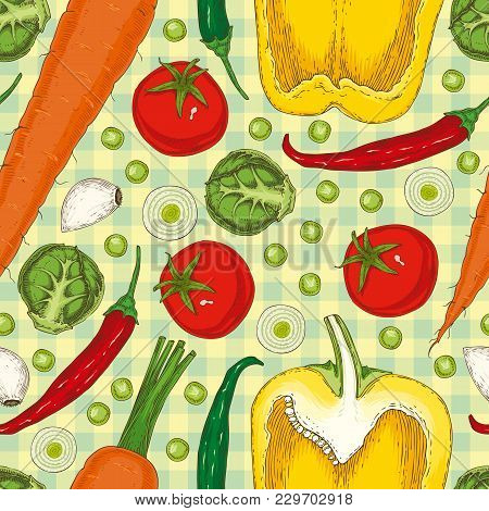 Seamless Vector Pattern With Ripe Vegetables. Tomatoes, Hot Chili Pepper, Yellow Bell Pepper, Carrot