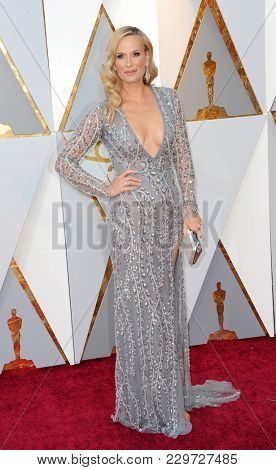 Molly Sims at the 90th Annual Academy Awards held at the Dolby Theatre in Hollywood, USA on March 4, 2018.