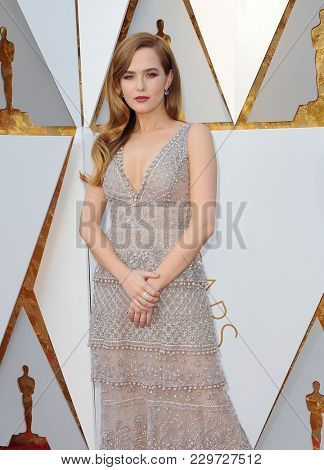 Zoey Deutch at the 90th Annual Academy Awards held at the Dolby Theatre in Hollywood, USA on March 4, 2018.