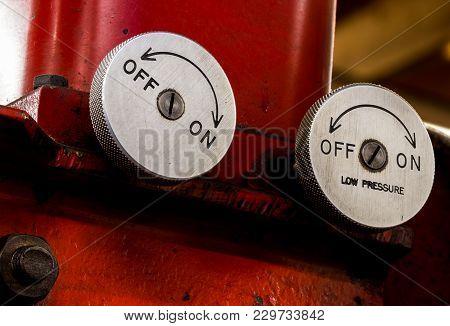 Vintage Antique Automotive Machine Shop Hydraulic Press Pressure Valve Dials On A Red Press