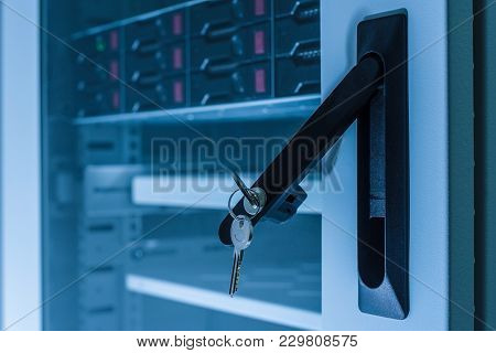 Server Hardware, Data Center, Database Storage, Computer