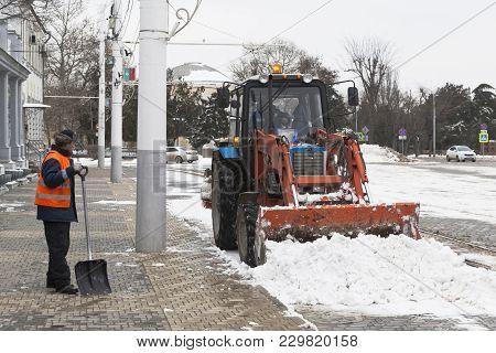 Evpatoria, Crimea, Russia - February 28, 2018: Snow-removing Works On The Theater Square In Evpatori