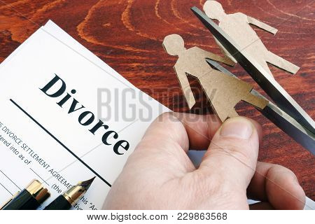 Divorce Agreement Form And Figures Of Couple. Separation Process.