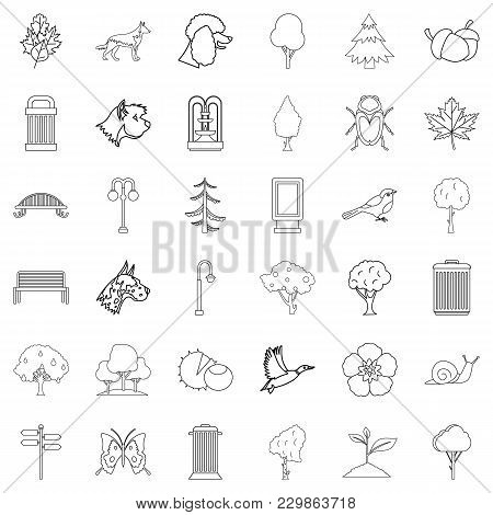 Small Park Icons Set. Outline Set Of 36 Small Park Vector Icons For Web Isolated On White Background