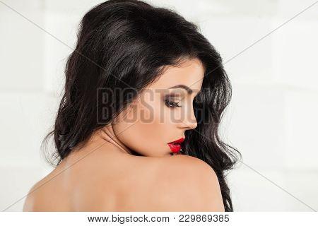 Beautiful Brunetter Woman Looking Back. Beautiful Fashion Model. Female Back. Profile