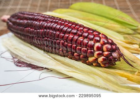 Siam Ruby Queen Corn Can Eat Fresh Corn,red And Super Sweet Corn,king Of Corn Product From Thailand