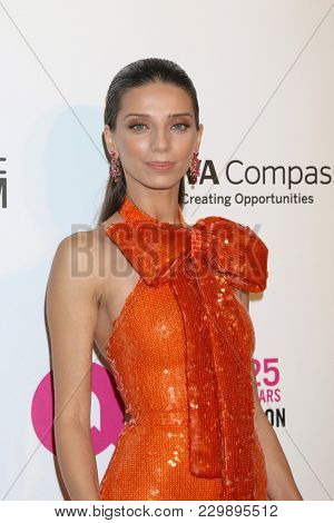 LOS ANGELES - MAR 4:  Angela Sarafyan at the 2018 Elton John AIDS Foundation Oscar Viewing Party at the West Hollywood Park on March 4, 2018 in West Hollywood, CA