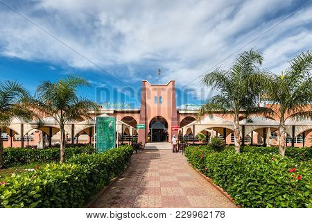 Skhour Des Rehamna, Morocco - December 8, 2016: Tourist Complex And Rest Area On The Road From Casab