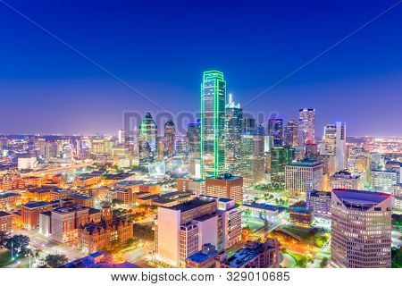 Dallas, Texas, USA downtown city skyline at twilight.