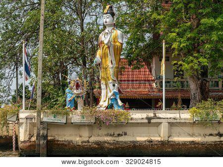 Bangkok City, Thailand - March 17, 2019: Bangkok Noi Canal. Guan Yin Goddess And Bodhisattva Colorfu