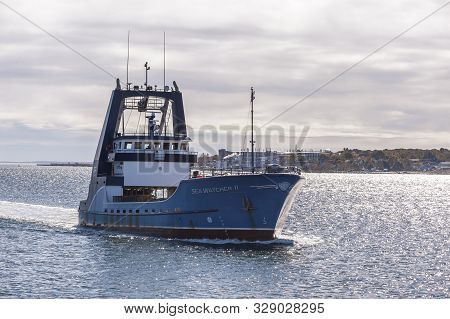 New Bedford, Massachusetts, Usa - October 21, 2019: Clammer Sea Watcher Ii Crossing New Bedford Oute