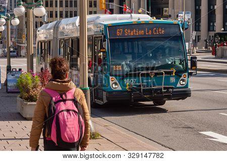 Ottawa, Ca - 9 October 2019:  Sto Bus On Wellington Street In Downtown Ottawa