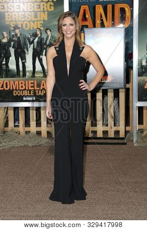 LOS ANGELES - OCT 11:  Andrea Savage at the