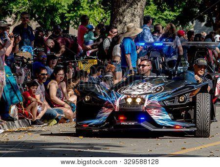 Davis, Ca - April 21, 2018. Uc Davis Police Sports Car At The Parade During Uc Davis Annual Picnic D