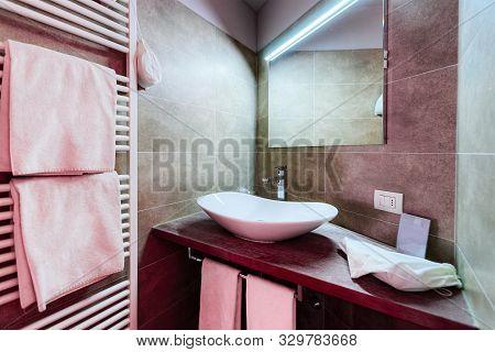 Modern White Bathroom Design In Luxury Interior Italy