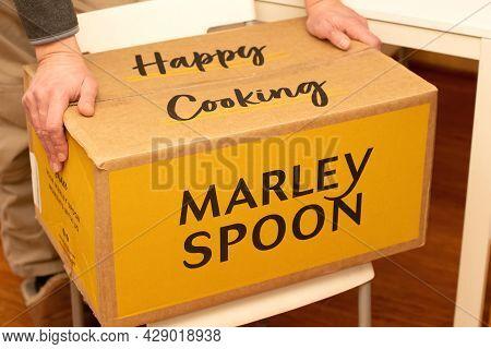 Sydney, Australia 2021-07-25 Marley Spoon Cardbord Box With Meal Kits. Australian Subscription Deliv