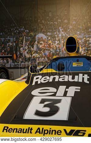 Mulhouse, France, June 28, 2021 : Renault Le Mans Winning Car. The Cité De L'automobile Or Schlumpf