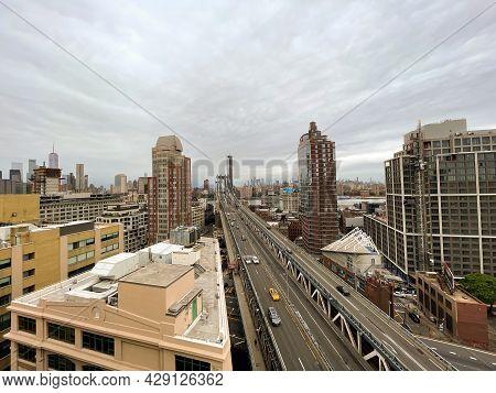 New York City - June 12, 2021: Panoramic View Of Manhattan And The Manhattan Bridge From Brooklyn On