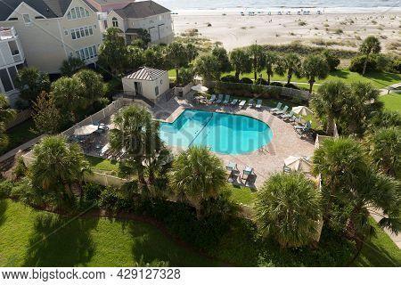 Ocean View Condos And Swimming Pool At Wild Dunes Resort