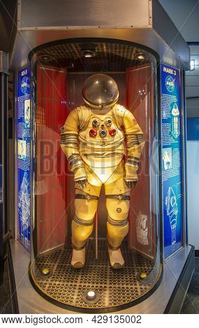 Houston, Tx, Usa - Dec. 15, 2018: Mark 3 Spacesuit Displayed In Johnson Space Center In City Of Hous