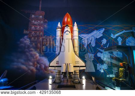 Houston, Tx, Usa - Dec. 15, 2018: Space Shuttle Endeavour Model Displayed In Johnson Space Center In