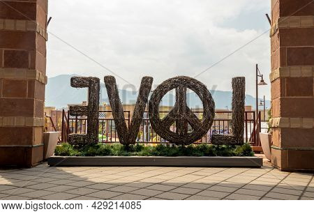 Boulder, Colorado - August 1, 2021: Love Sign With Pacific In Twenty Ninth Street Center, Boulder, C