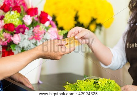 Cashless payments in a flower shop