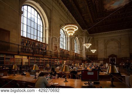 New York, Manhattan Public Library Reading Room, 08 May 2018
