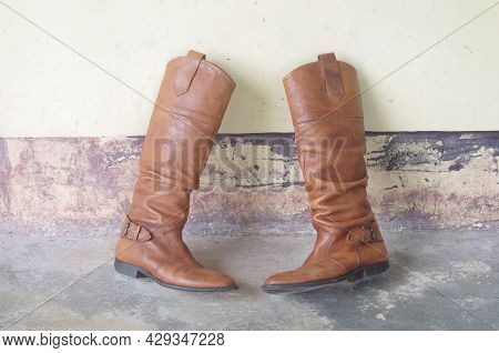 Leather Boots,knee-high Boots,leather, Bohemaiam Boots,bohemian,cowboy,cowgirl,leather Shoe,woman Bo