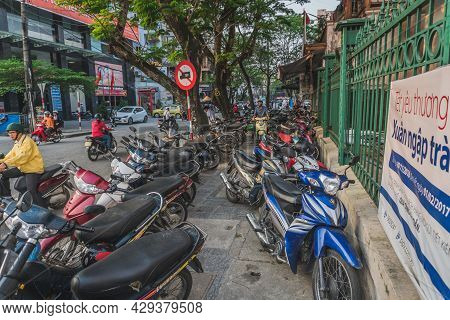 A Lot Of Motorcycles On The Tratoire In Vietnam. Hue, Vietnam - March 12, 2020