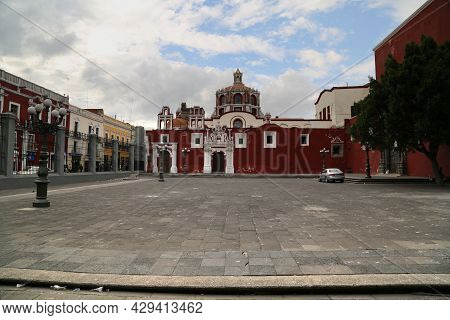 Santo Domingo Church In Puebla City, Mexico. High Quality Photo